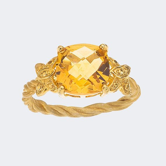 Cushion Cut Citrine Gemstone Ring Set in a Butterfly and Twisted