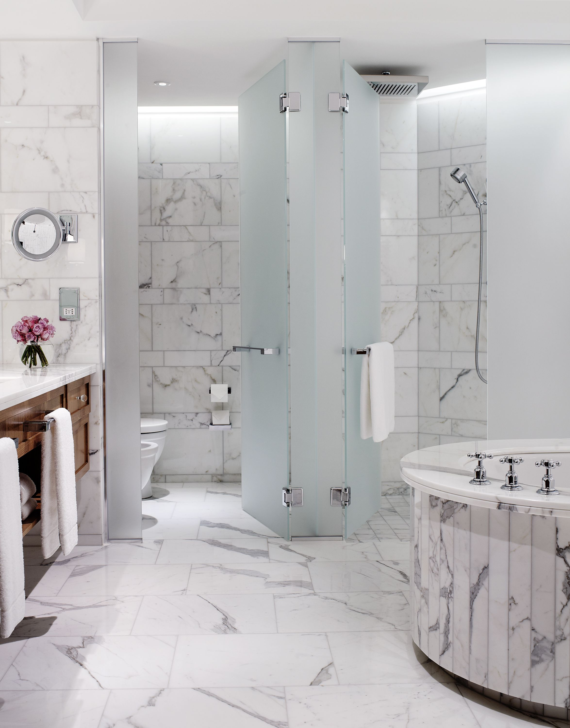 Marble Bathrooms With Underfloor Heating And Oval Bath Tubs Luxury At Corinthia Hotel London