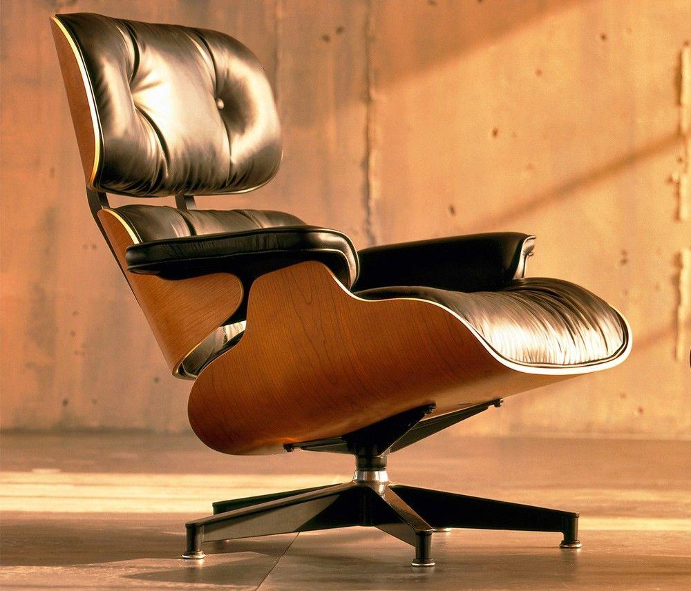 A Poltrona Eames, foi liberada para comercialização em 1956 ...