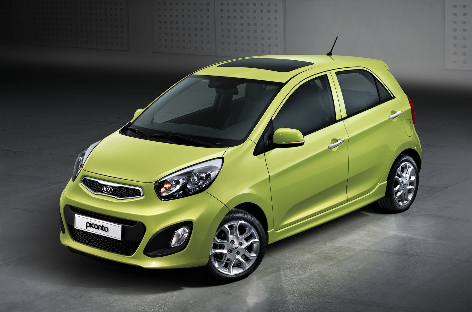 Pin By Cockram Kia On Kia Picanto Kia Picanto City Car Car