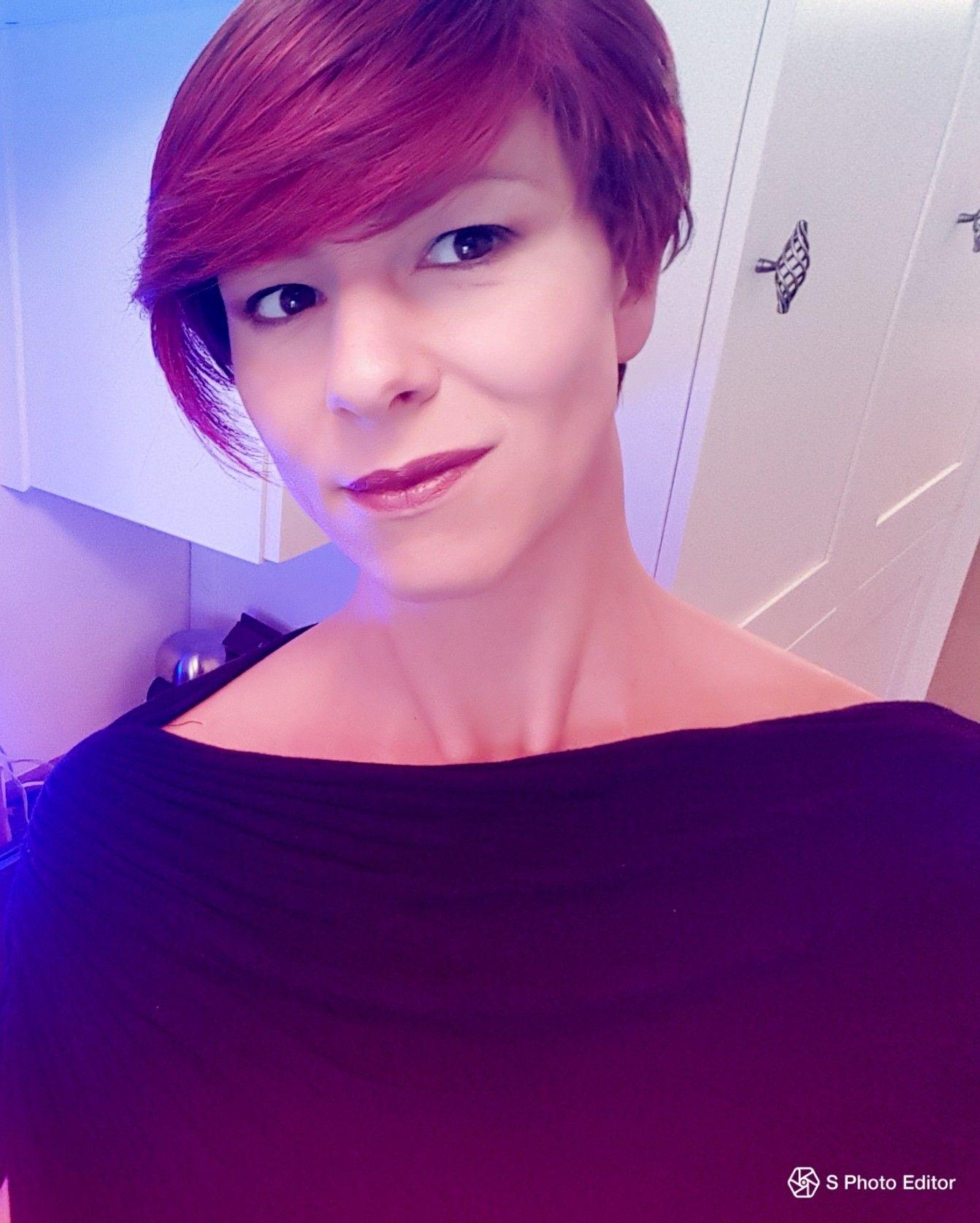 Redhead transexual