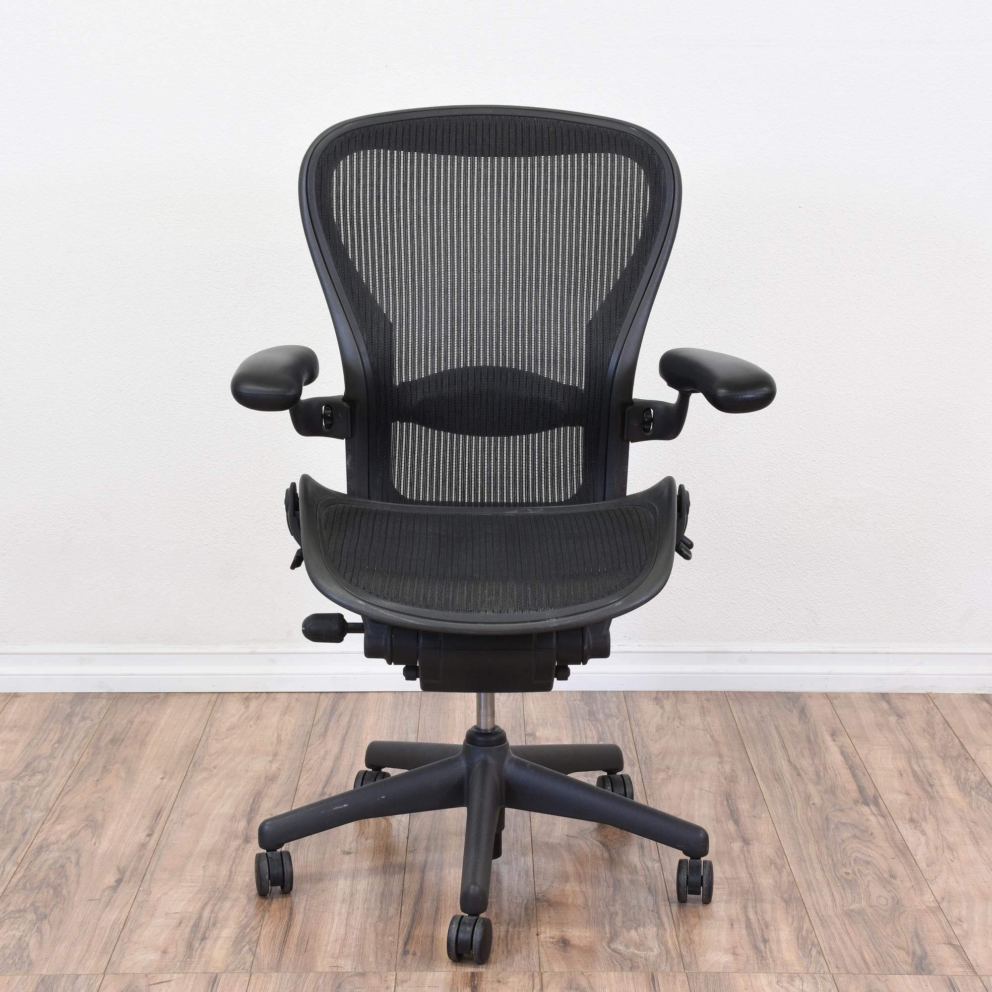 "Black Ergonomic ""Herman Miller"" Office Chair Ergonomic"