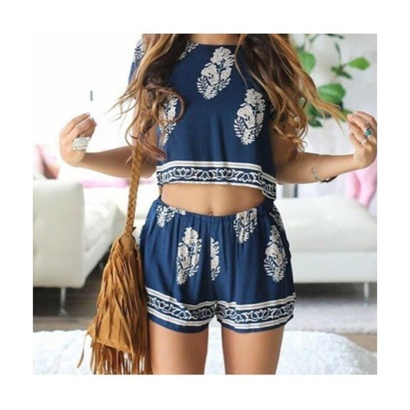 NWT Super Cute Crop Top & Shorts Set NWT | Navy tops, Bright ...