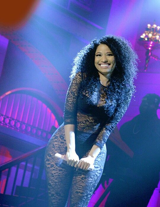 Nicki Minaj the First Woman With 4 Simultaneous Top 10 Hits on