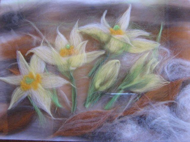 Сухое валяние картина цветы