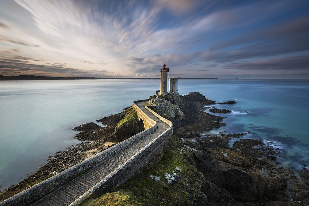 Minou Lighthouse by Tony N.