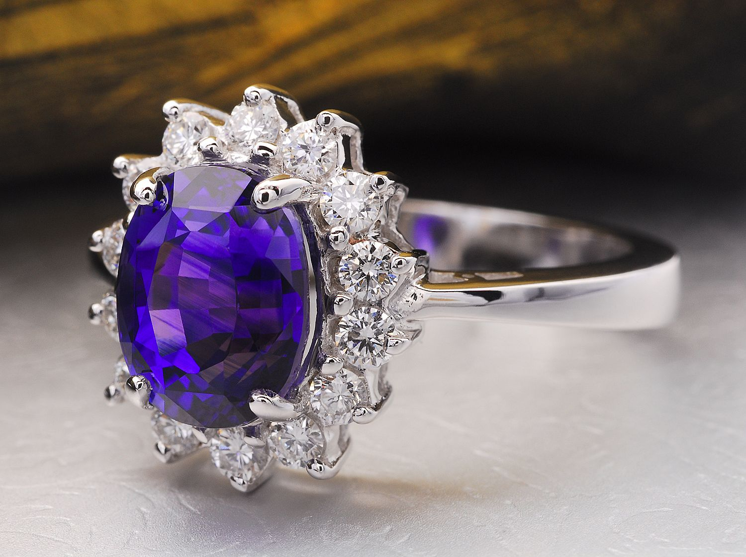 The blue sapphires from Sri Lanka are also known as Ceylon