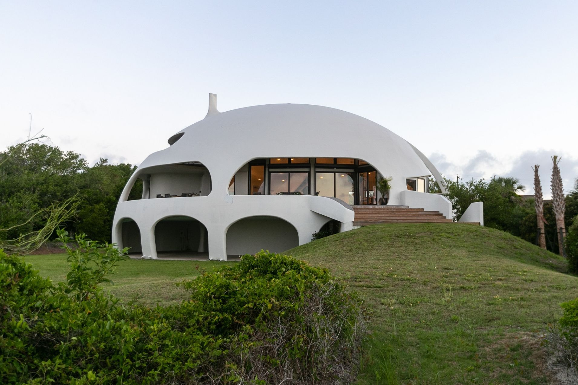 Designing Architecture For Climate Change Nonagon Style Dome House Architecture Round Building