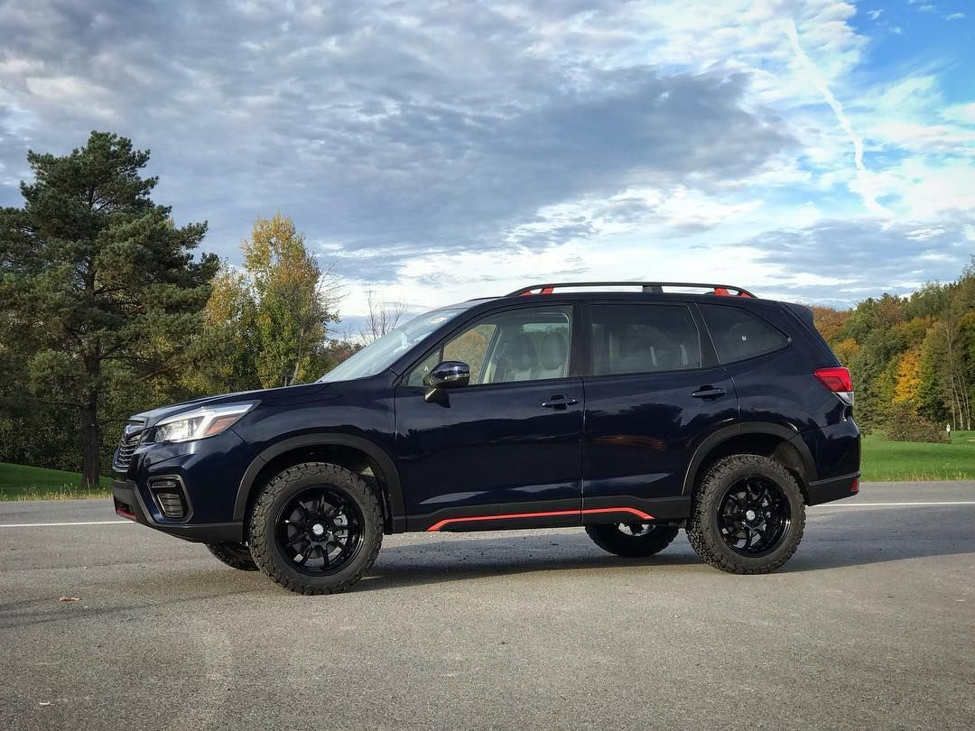 2019 Subaru Forester lifted with the lp_aventure lift kit