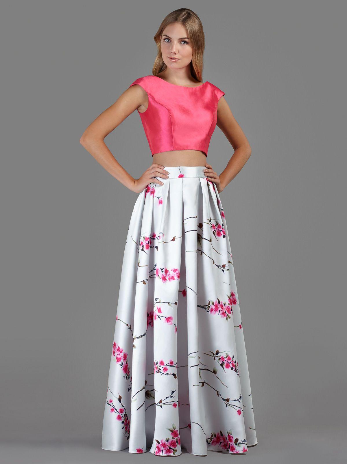 Φούστα μακριά βραδινή με φλοράλ λεπτομέρειες και τοπ - Βραδυνά Φορέματα b6c7935eedd