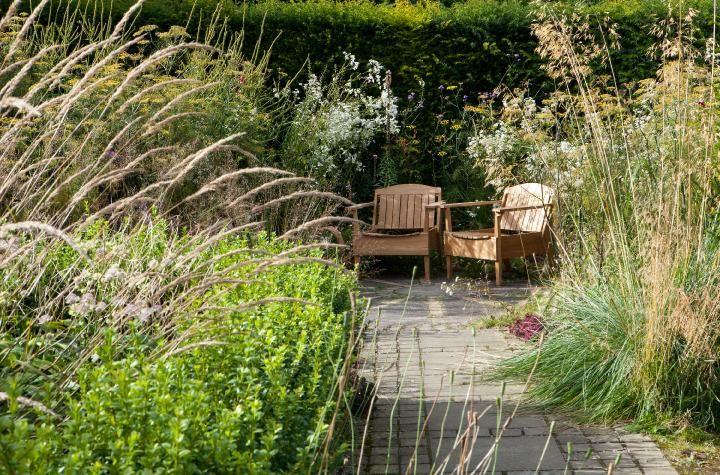 Dove cottage perennial planting Garden inspiration