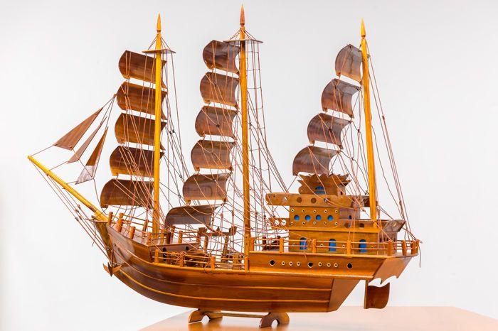 Fraai houten driemaster schip dit secuur afgewerkte schip is
