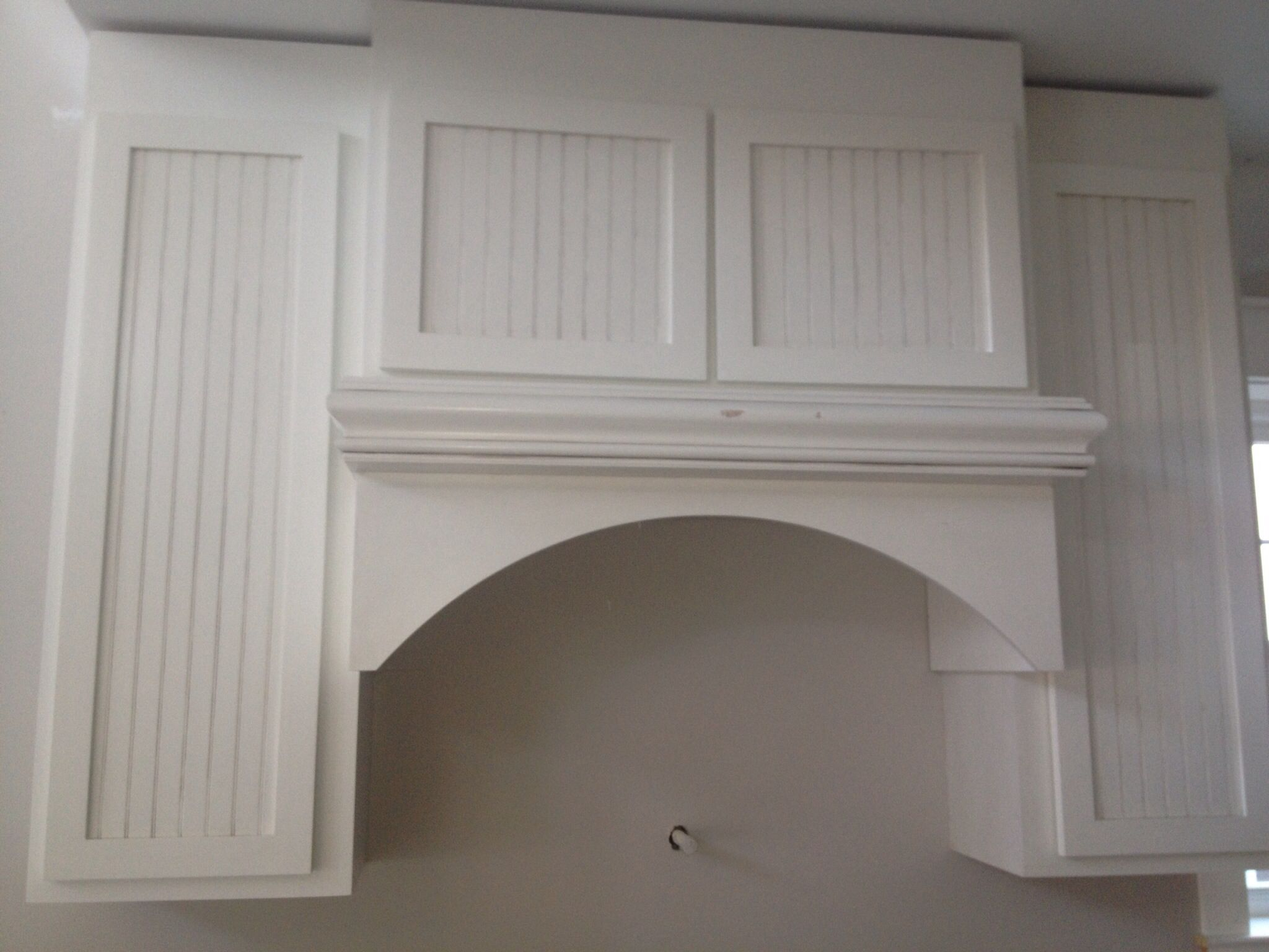 Kitchen cabinet over stove top
