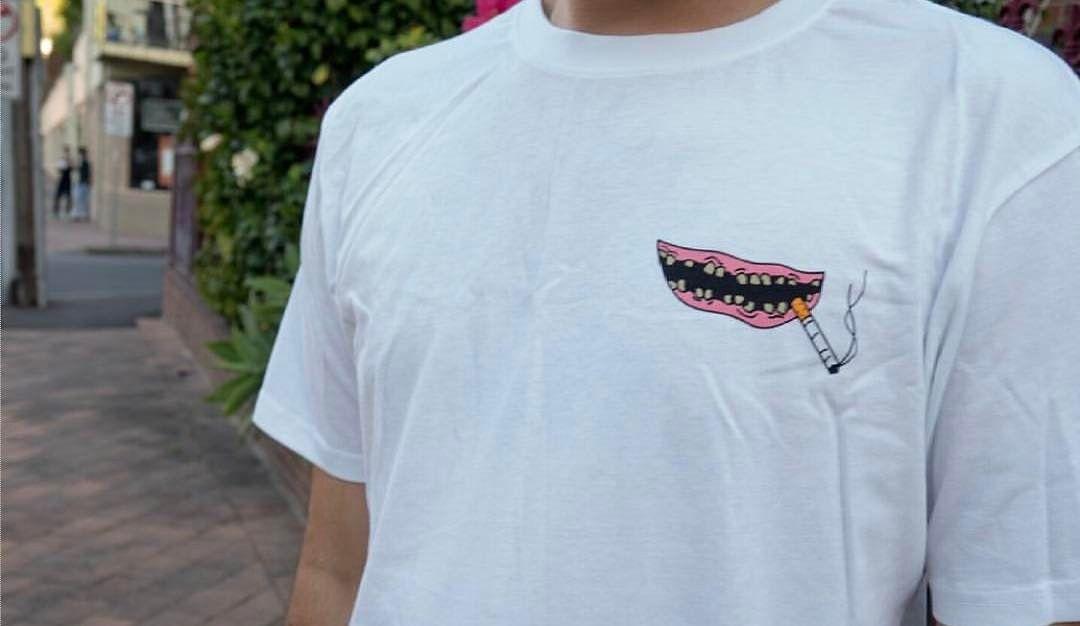 Grinner Tee @palmzclothing  Shop link in bio  #streetwear #surfwear #grinner #cotton #smile