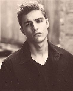 Dave Franco also known as the most beautiful man on this planet, after Benedict Cumberbatch and Collin Morgan.