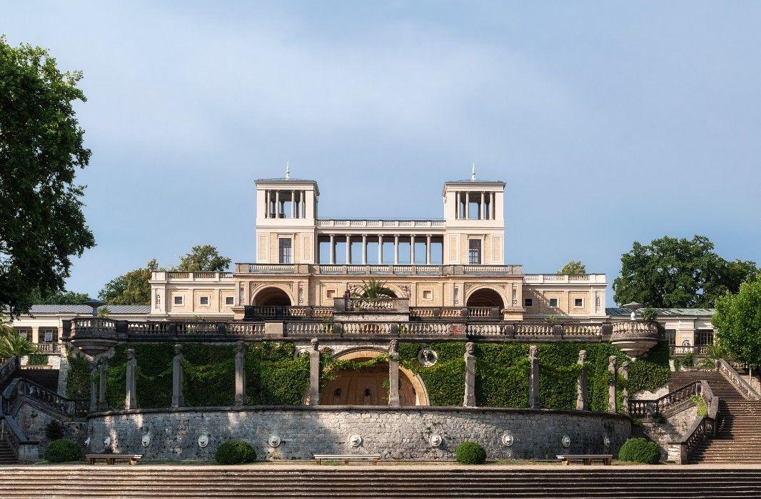 Potsdam Orangerieschloss Download This And Other Photos For Free On Our Site Architecture Photo Immobilien Burgen Und Schlosser Schlosser Deutschland