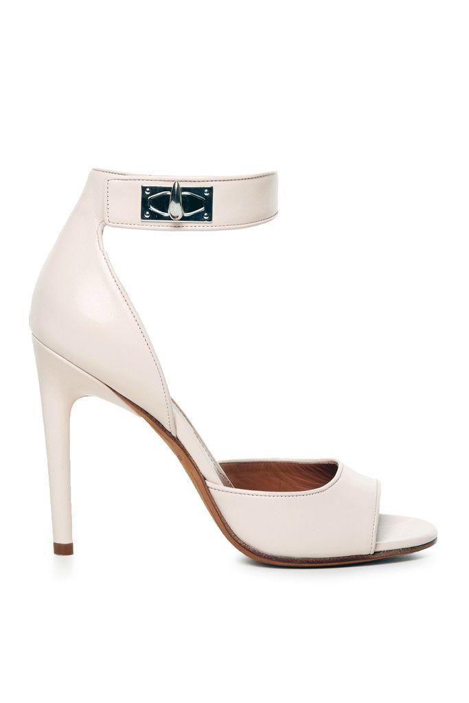 d885c6376 Los 101 zapatos de novia más bellos