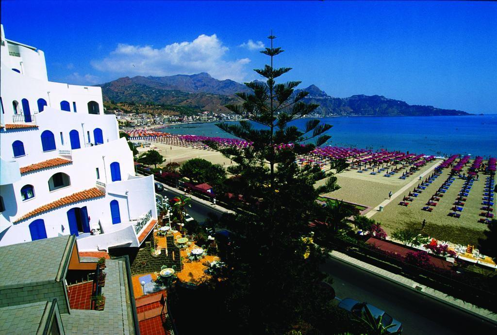 Mare meraviglioso in Sicilia Sicilia, Falò in spiaggia