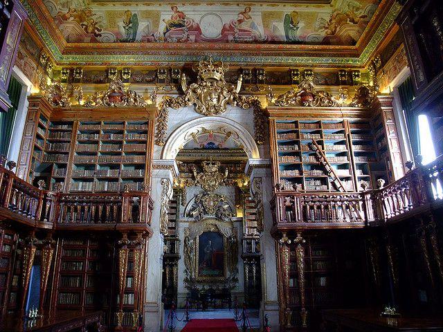 Biblioteca Joanina Universidade De Coimbra Portugal Tower