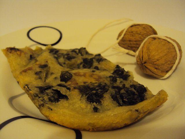 #Schiaccia con #spinaci e #noci scopri la #ricetta http://blog.giallozafferano.it/lepassionidimammailaria/schiaccia-spinaci-e-noci/
