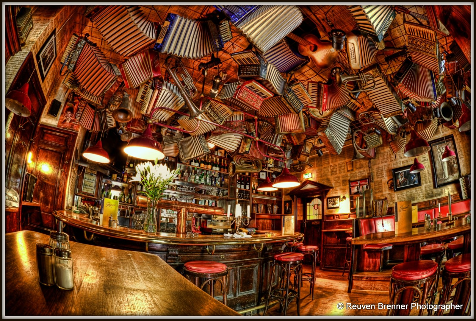 german folklore typical pub berlin berlin architecture. Black Bedroom Furniture Sets. Home Design Ideas