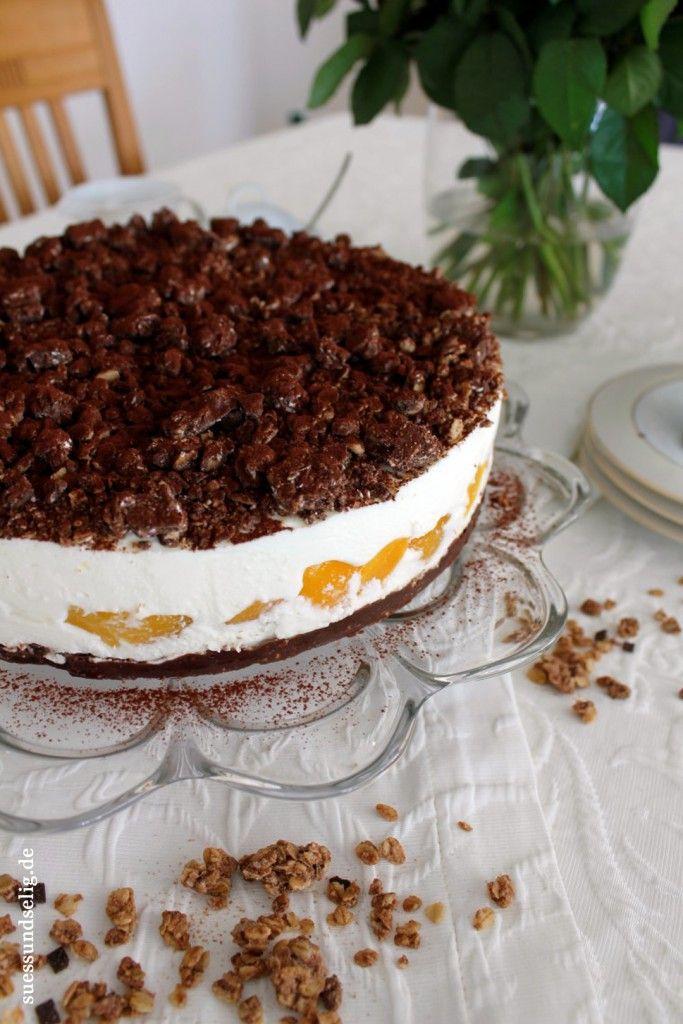 Schmandtorte Mit Cornflakes Schoko Boden Und Aprikosen Kuchen