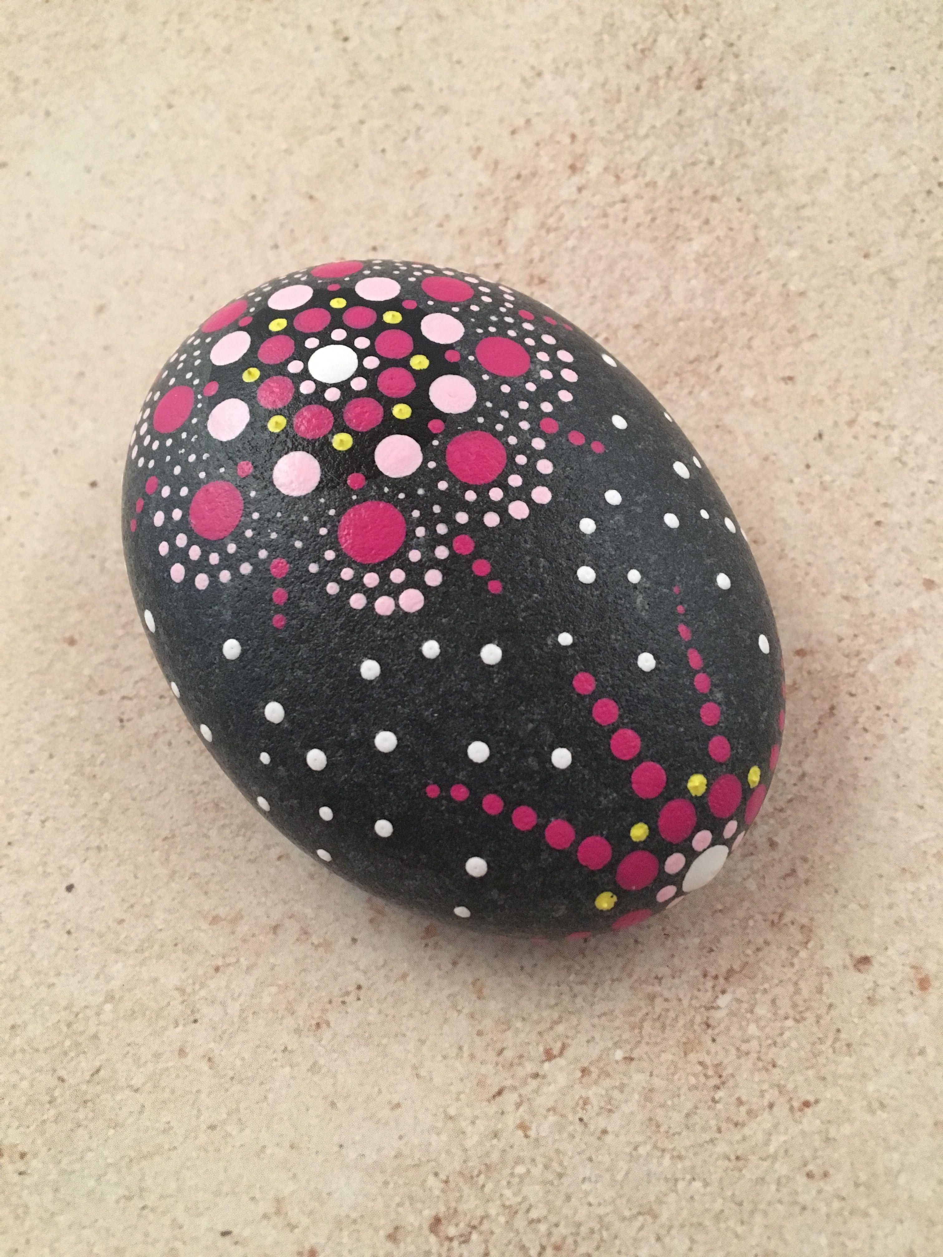 Mandala Stone Art Painted Rocks Ideas Mandala Paint Art Design
