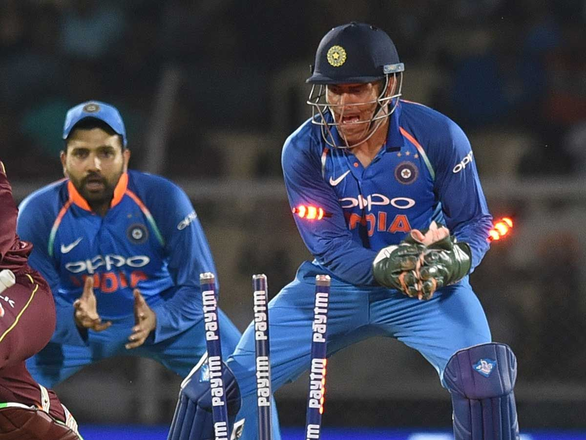 As wicketkeeper Dhoni was faster than any pickpocket