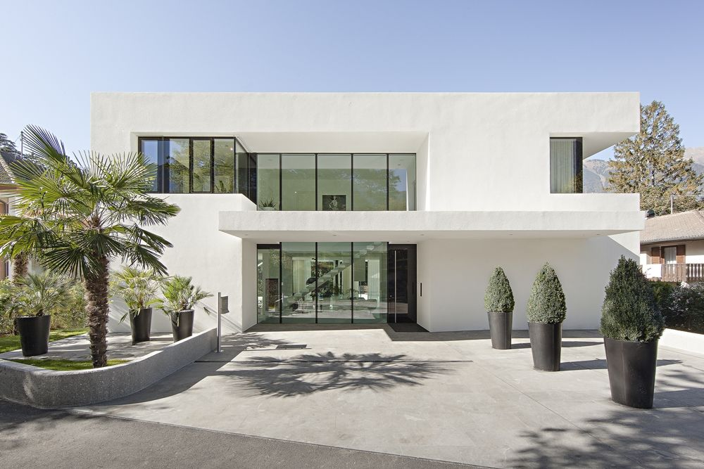 Wonderful Front Facade Of House. Brilliant And Timeless Marble Floor · Modern House  DesignModern ...