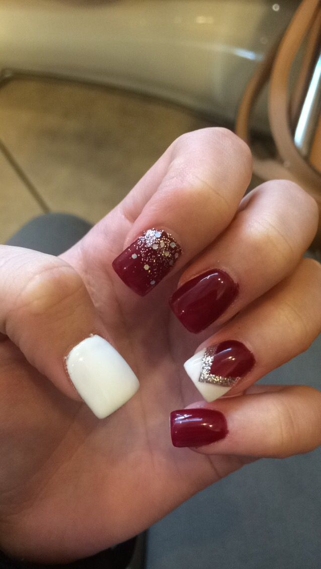 Cute might do something like this for Christmas :) Winter Nails ...