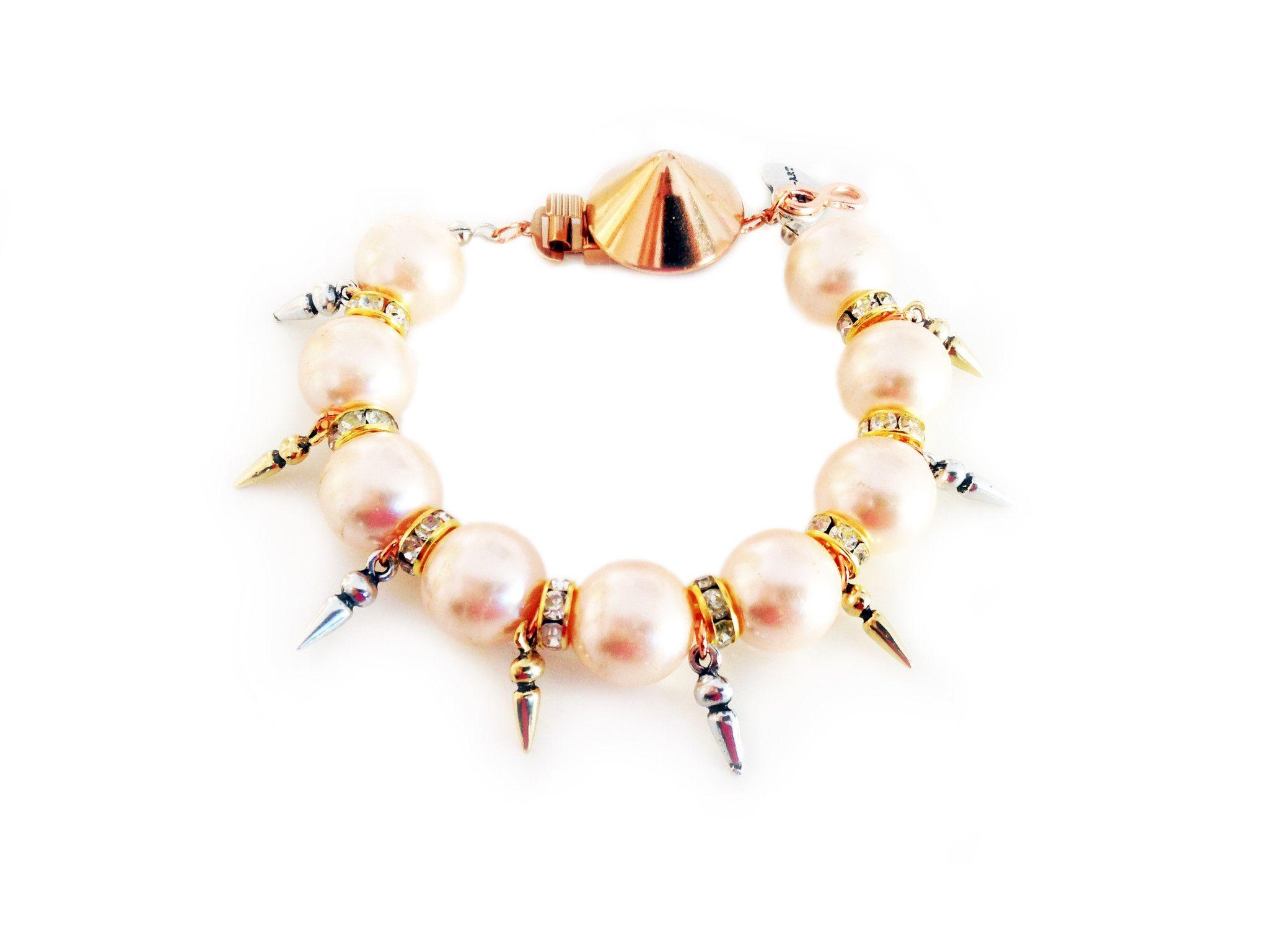 Handmade statement bracelet with light rose pearls swarovski