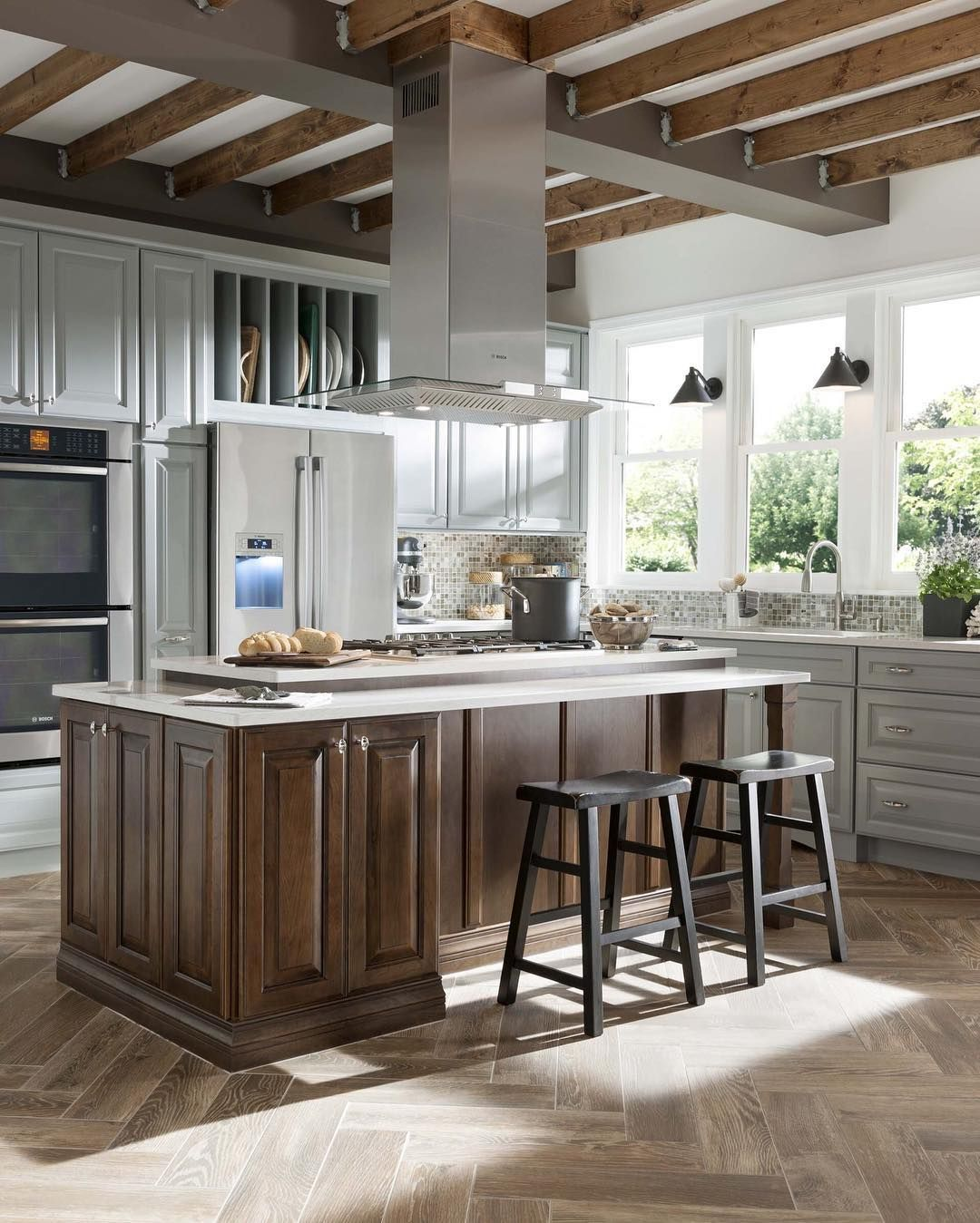 Kitchen Island Additions: Exposed Convertible Island Range Hood Is An Unique