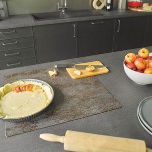 Cuisine Equipee Industrielle Avec Ilot Square Metal Grise Bois Cuisinella Cuisinella Cuisine Equipee Cuisine