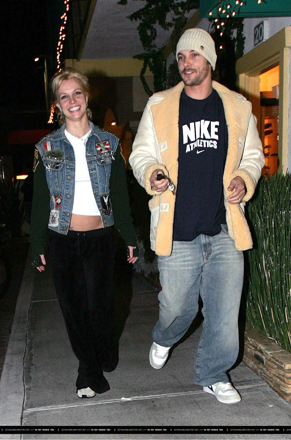 Pin on Britney Spears [2004-2007]