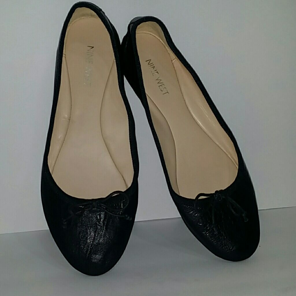 sells latest style new arrival Nine West Classica Ballet Flats   Products   Leather ballet ...