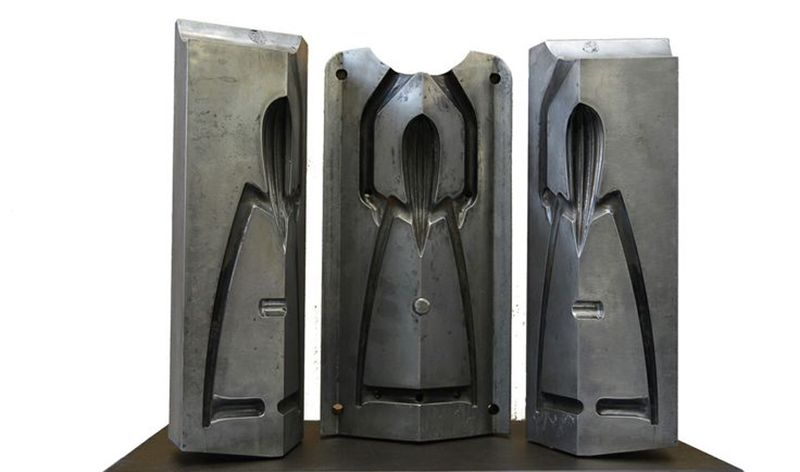 Alessi And Philippe Starck S Lemon Squeezer Mould Juicy Salif It Made Of Aluminium Casting