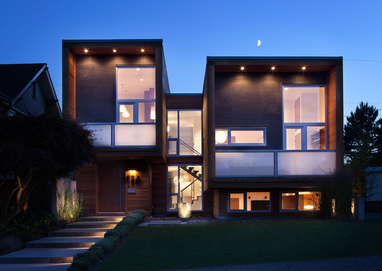 Architecture Front Yard Modern Cube House Lighting Ideas With