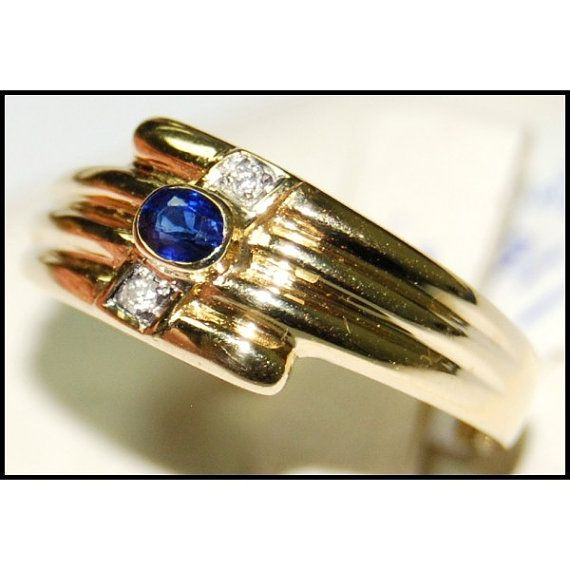 http://rubies.work/0176-ruby-rings/ 18K Yellow Gold Solitaire Diamond Oval Blue Sapphire Ring
