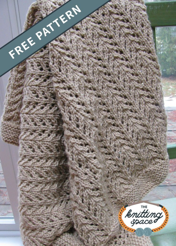 Pine Forest Knitted Baby Blanket [FREE Knitting Pattern]