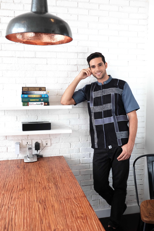 Baju Muslim Pria Baju Koko Modern THE EXCLUSIVE SHADE Detail Bahan Soft Dobby Denim Size M L XL Limited Stock