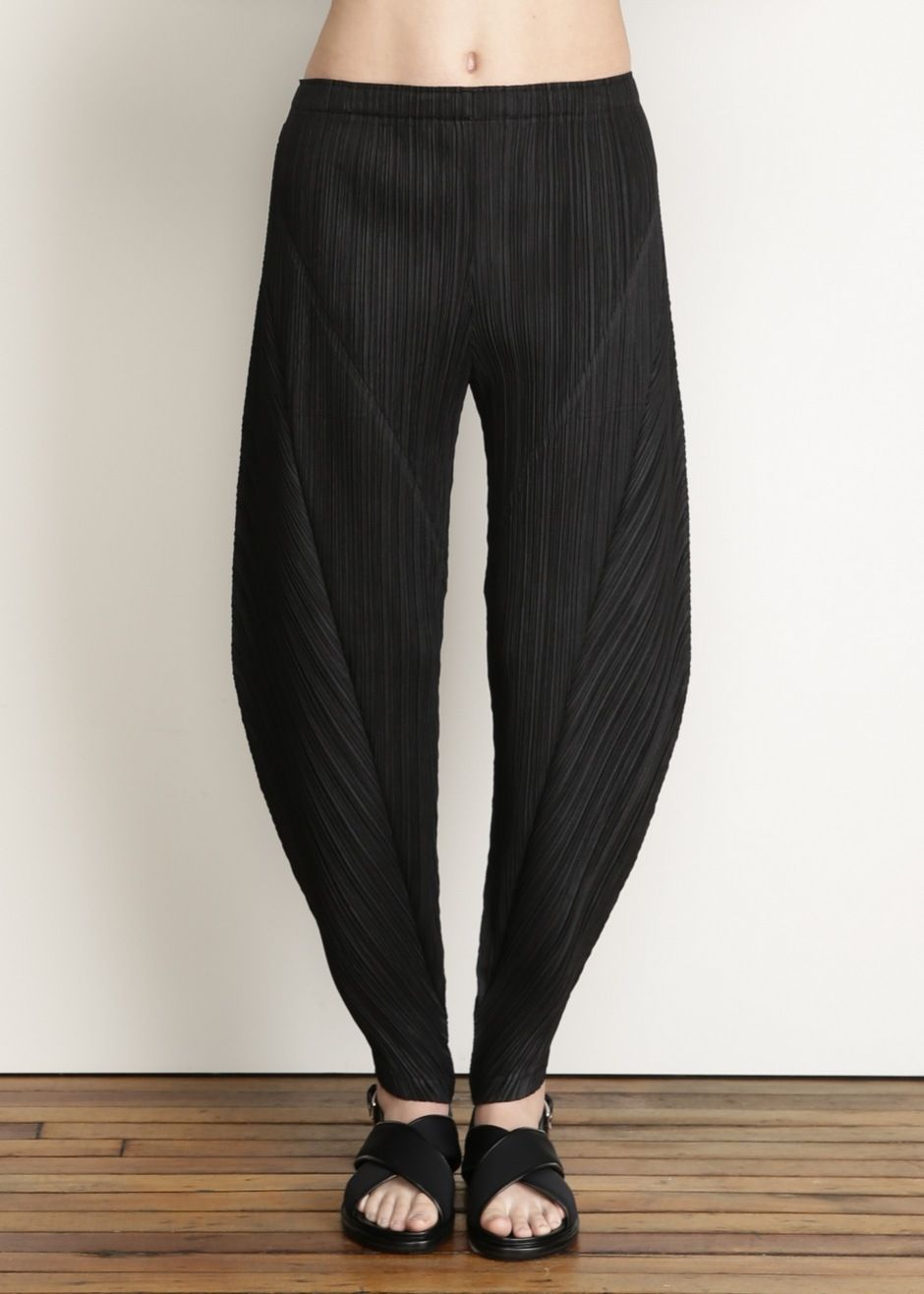 78d6fac76 Purveyor of beautifully designed and thoughtfully curated fashion and  objects. Issey Miyake PLEATS PLEASE Full Pant (Black) ...