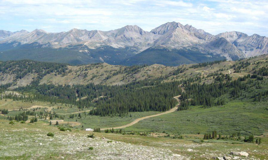 Colorado Rocky Mountains - Need travel tips, visit UsefulTravelTips.net