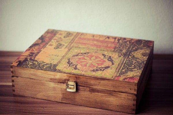 Alte Holzkiste Mit Decopatch Papier Verschönern
