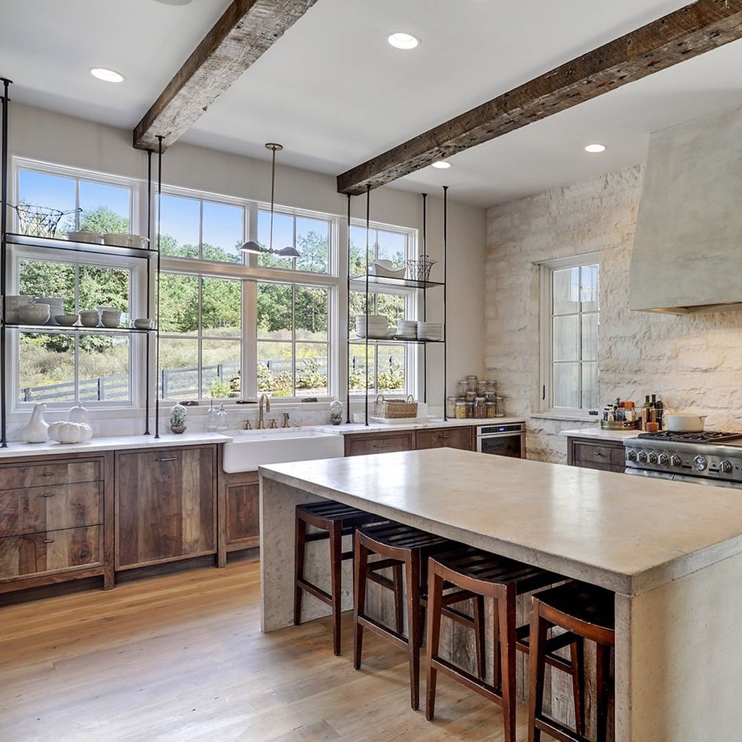 25 Captivating Ideas For Kitchens With Skylights: D A N A L Y N C H Design