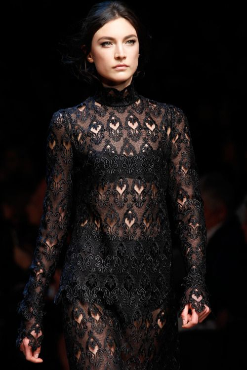 edgy-vogue:  Dolce and Gabbana Runway Details Fall 2014