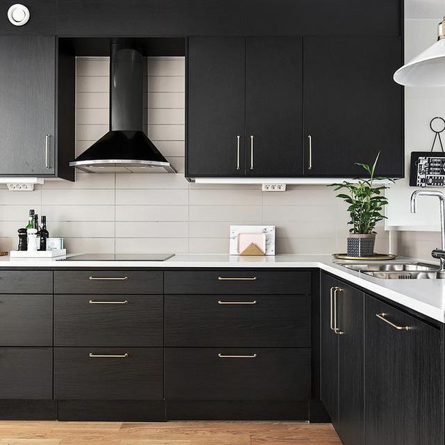How To Decide Between Upper Kitchen Cabinets, Open Storage ...