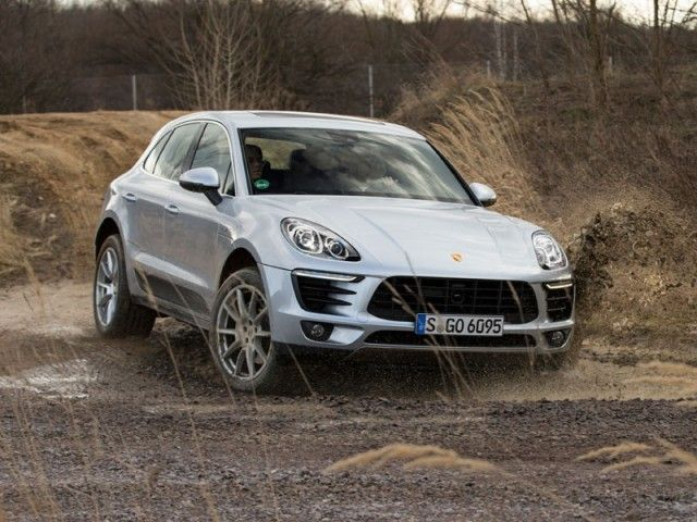 Porsche Macan The Cheapest Porsche In 30 Years Cheap Porsche Porsche Macan S Porsche