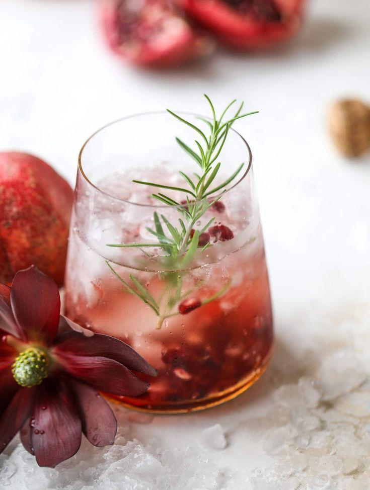 Pomegranate Smash Cocktail - Pomegranate Prosecco Smash