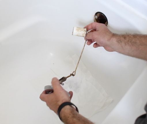 How To Unclog A Bathtub Drain The Easy Way Bathtub Drain Unclogging Bathtub Unclog Bathtub Drain