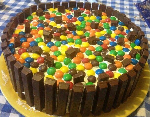 Kit-Kat / M&M's cake